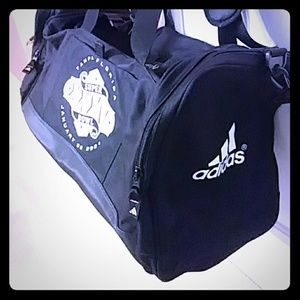 Adidas duffle bag $55 Sz 12x12x24 in+Adidas hat